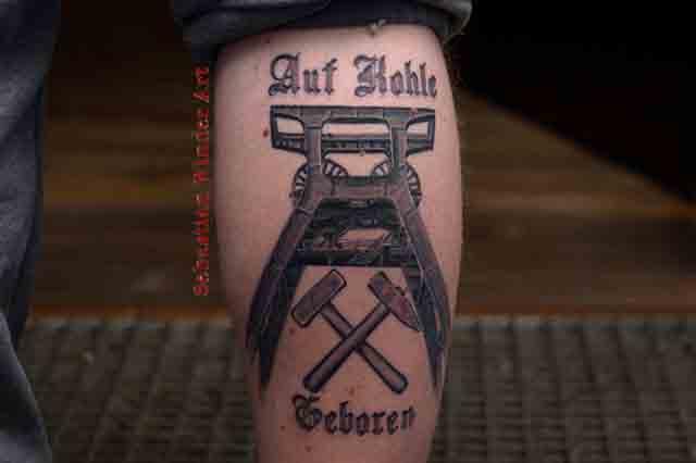 Tätowierer In Essen Für Realistische Tattoos Und Porträts